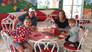Waiting for our orders in the Ice Cream Palace at GKTW Village